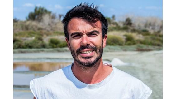 Portrait de Hervé. Nous sommes Sauniers de l'Île de Ré !